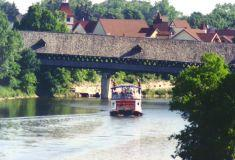 a_frankenmuth-coveredbridge.jpg